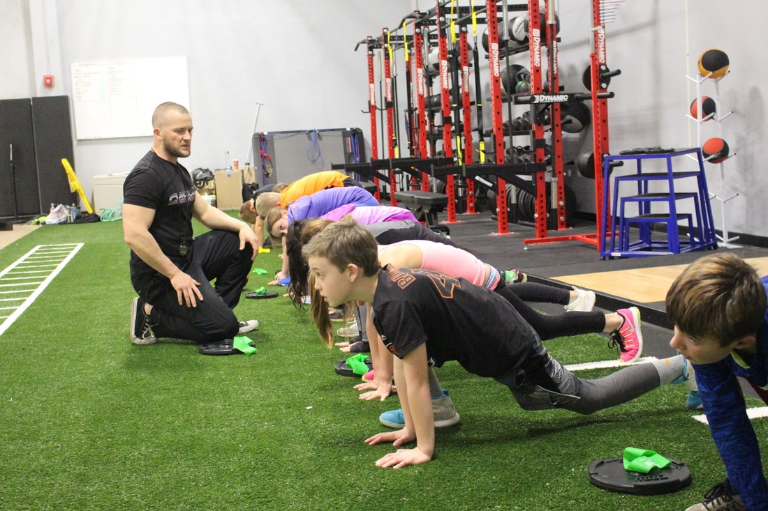 Performance Training | Ultimate Fieldhouse - ULTIMATE SPORTS